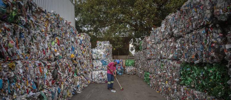 Pandemia faz consumo de plástico crescer na cidade de São Paulo