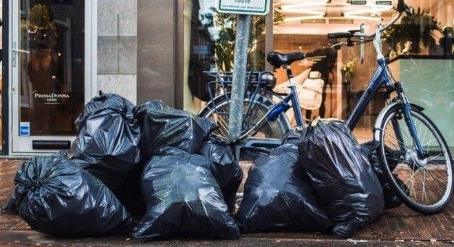 A multa é de R$ 1.639,60 para grandes geradores de lixo sem cadastro