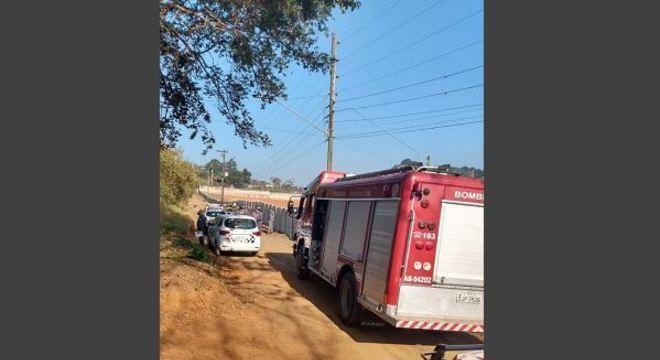 Polícia de SP investiga encontro de corpo carbonizado dentro de carro