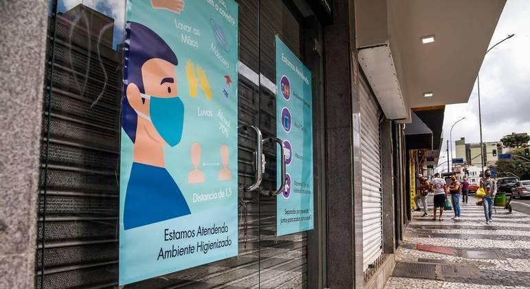 Prefeitura de Curitiba decreta lockdown por 9 dias para frear avanço da covid-19