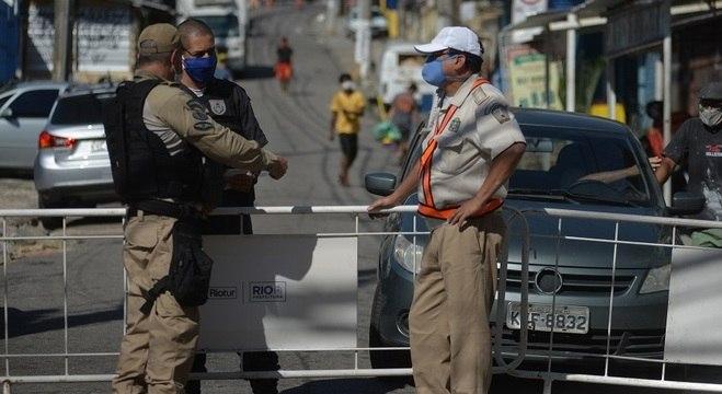 Diversas cidades, como o Rio de Janeiro, já começaram a impor lockdown