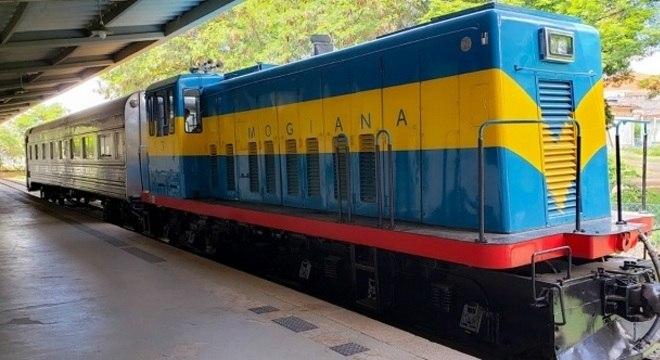 No início das operações será utilizada uma locomotiva usada no ano de 1952
