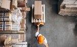 Logística:Neste curso você irá aprender questões fundamentais do setor de logística. Com carga horária de 14h, o curso é totalmente on-line e gratuito. A grade inclui tópicos como: os conceitos da logística, seu histórico e como utilizá-la melhor em um ambiente empresarial. Acesse e se inscreva: https://loja.mundosenai.com.br/senainacional/fundamento-da-logistica.html