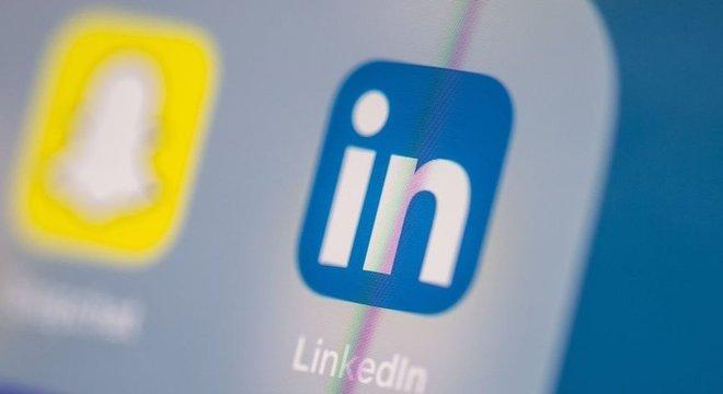 Os contatos dos agentes chineses com usuários do LinkedIn aumentou nos últimos anos