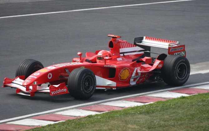 Logo depois, a Ferrari apresentou o F2005, mas os bons resultados não apareceram: apenas uma vitória, no GP dos EUA que teve apenas seis carros na pista