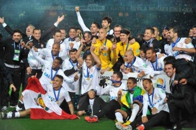 Corinthians: O Corinthians também tem 4 títulos internacionais (2 Mundiais, 1 Libertadores e 1 Recopa Sul-Americana)