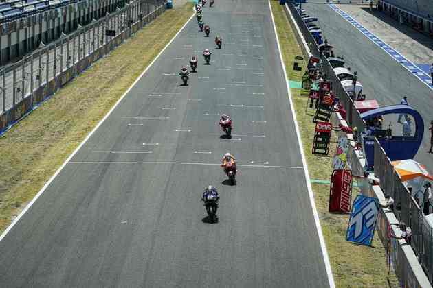 Logo Maverick Viñales saltou para a primeira colocação (Foto: Yamaha)