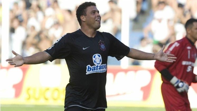 Logo no começo de 2009, conquistou o Paulistão com toda a sua magia nos pés e direito a golaço de cobertura na final contra o Santos. O Fenômeno parecia ter reencontrado o bom futebol e encantava a todos nos campos em que passava.
