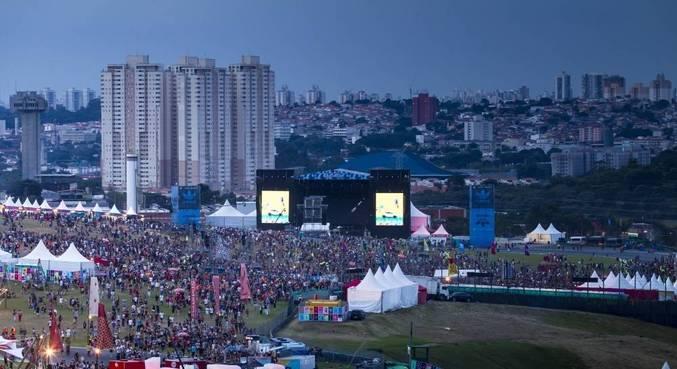 O Lollapalooza foi adiado três vezes