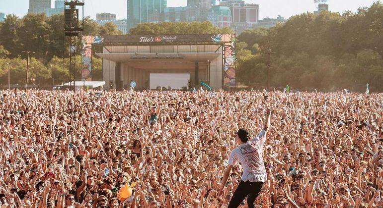 Lollapalooza Chicago retoma programação após adiamentos devido à pandemia