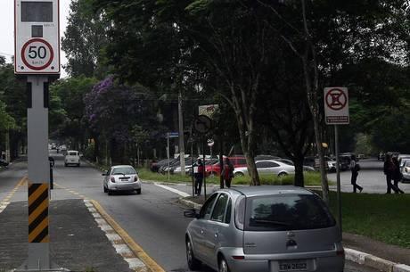 Bolsonaro não quer renovar validade das lombadas