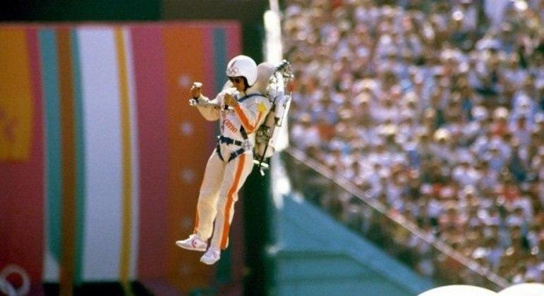 O astronauta de Los Angeles/84