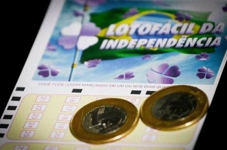 Aposta simples da Lotofácil custa R$ 2,50