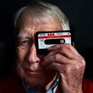 Lou Ottens tinha 94 anos