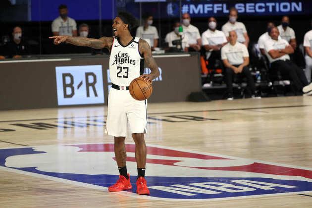 """Lou Williams – Um dos melhores """"sexto jogadores"""" da história da NBA, o experiente armador continua a aterrorizar adversários saindo do banco de reservas com um dos arsenais ofensivos mais vastos da liga. Ele garante 16.0 pontos em 27 minutos de ação por partida nos playoffs."""
