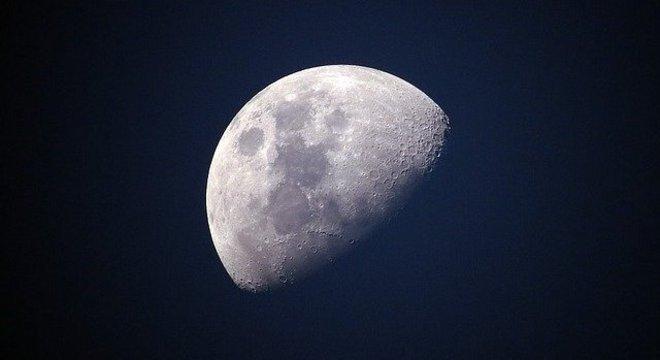 Objetivo da missão é colher amostras que auxiliem cientistas em pesquisas sobre a Lua