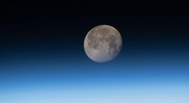 Os terremotos lunares continuam ocorrendo enquanto o nosso satélite natural encolhe e esfria, de acordo com a Nasa