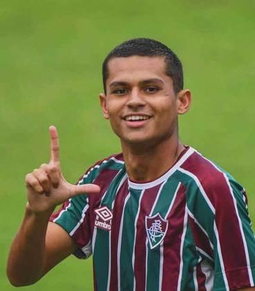 Luan Brito - 19 anos - meio-campista - contrato com o Fluminense até 31/12/2024