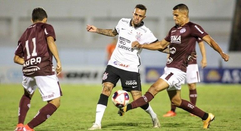Luan voltou a ser titular do Corinthians depois de um longo período