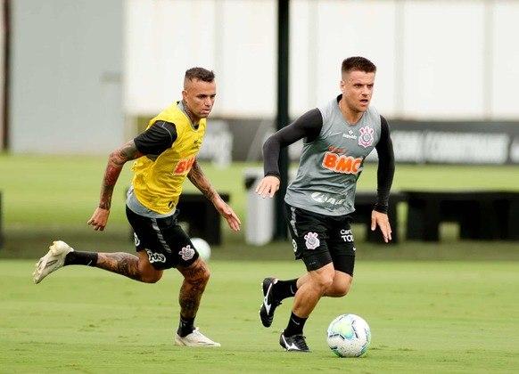Luan e Ramiro foram reservas contra o Ceará, mas apenas o volante entrou em camp