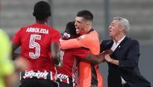 São Paulo bate peruanos e quebra tabu de seis anos na Libertadores