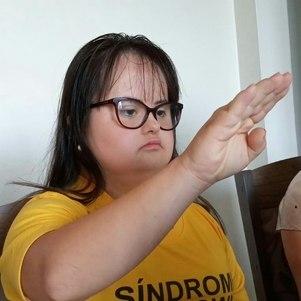 Após tomar posse, Luana se tornou a primeira vereadora com síndrome de Down da história do país