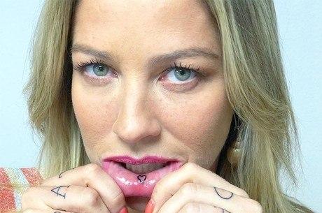 Luana Piovani mostra novas tatuagens e explica motivo