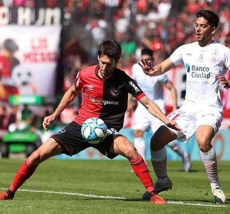 Lucas Albertengo – O argentino joga pelo Newell's Old Boys, emprestado pelo Independiente.