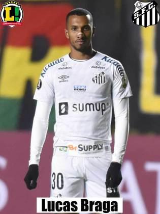 Lucas Braga - 6,5 - Mais uma vez, foi a melhor opção ofensiva do Santos. Não se omite e participa o tempo todo.