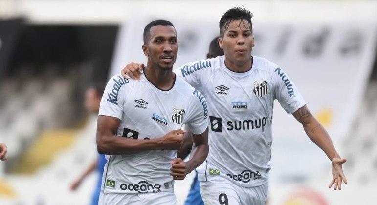 Lucas Braga e Kaio Jorge fizeram os gols que mantiveram o Santos na 1ª divisão