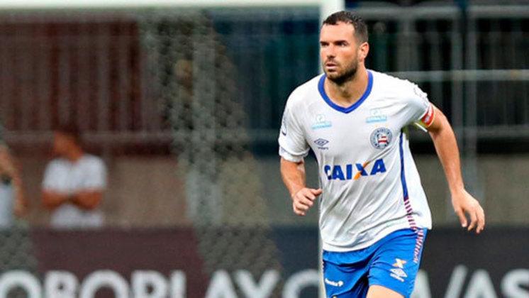 Lucas Fonseca - Atleta mais longevo do elenco atual e com mais de 300 jogos pelo Bahia, o zagueiro tem situação indefinida e poderá assinar de graça com outro clube a partir de 1º de janeiro.