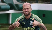 Lucas Lima é flagrado por organizada do Palmeiras em festa