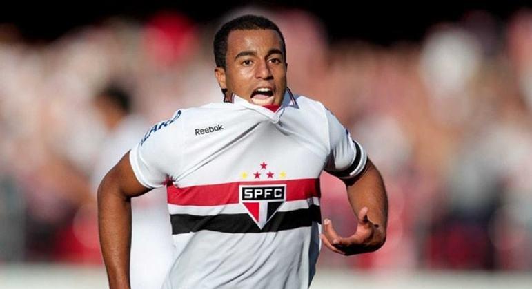 Lucas Moura brilhou com a camisa do São Paulo antes de ir para a Europa