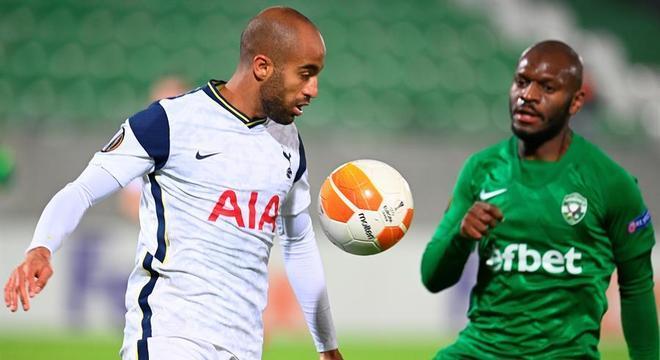 Lucas marcou o segundo gol da vitória do Tottenham por 3 a 1 sobre o Ludogorets