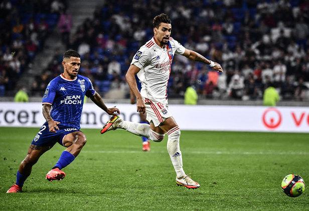 Lucas Paquetá: apesar do Lyon ter ficado só no empate com o Lorient, Paquetá manteve o alto nível que vem apresentando neste início de temporada.