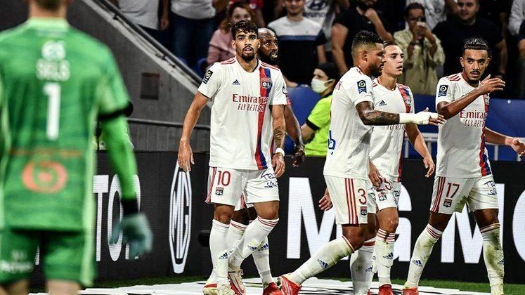 Lucas Paquetá: o brasileiro começou na reserva e entrou faltando apenas 15 minutos, mas mesmo com o pouco tempo em campo, mostrou sua boa fase ao anotar o terceiro gol do Lyon contra o Strasbourg.