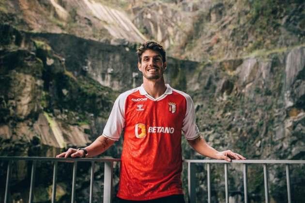 Lucas Piazon - Time: Braga (Portugal) - Posição: Meia - Idade: 27 anos - Contrato até: 30/06/2025