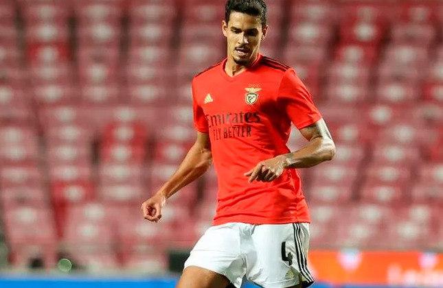 Lucas Veríssimo: quem também apareceu com uma assistência na goleada do Benfica foi o zagueiro Lucas Veríssimo. O ex-Santos serviu Darwin Núñez, no segundo gol do uruguaio.