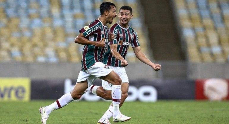 Lucca marcou o primeiro gol do Fluminense após cobrança de falta no Maracanã