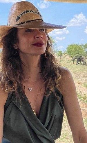 Luciana Gimenez na África