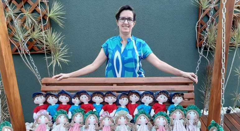 Luciana Sabatine e sua coleção incrível de bonecas de pano artesanais