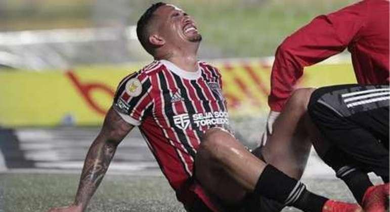 Luciano foi uma das 'vítimas musculares', pelo esforço para vencer o Paulista, a 'Copa do Mundo'