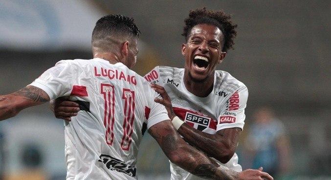 Luciano e Tchê Tchê. São Paulo voltou a ter confiança, livre de Diniz