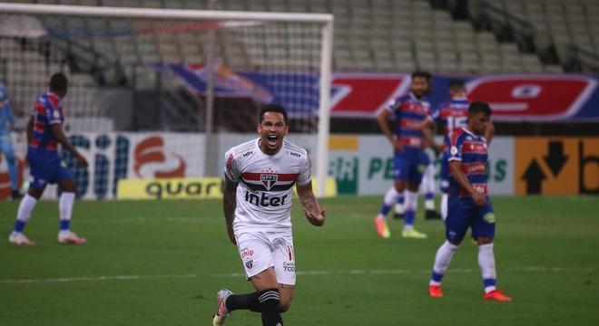 Luciano entrou no segundo tempo e mudou história de Fortaleza x São Paulo