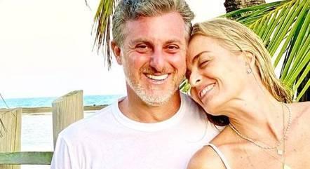 Luciano Huck e Angélica em período de férias