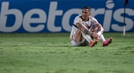 Luciano lamenta chance perdida para o São Paulo