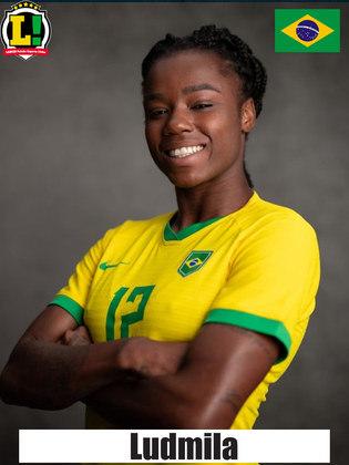 Ludmila - 7,5 - Melhor jogadora do Brasil, mesmo jogando apenas o segundo tempo, foi fundamental na partida. Sofreu um pênalti, marcou um gol e infernizou a marcação holandesa.