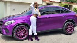 Ludmilla exibe carro de luxo roxo e é comparada às Kardashians ()