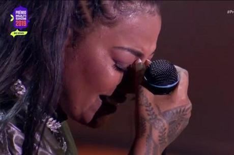 Ludmilla deixou palco de premiação chorando
