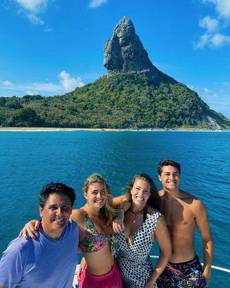Dos pais, Cesar e Elaine, Luigi disse que herdou o gosto pelas viagens.